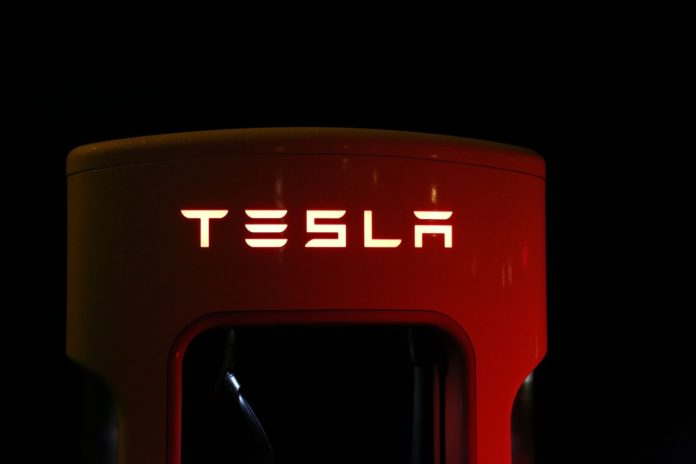 Tesla Quadra smartphone with notch front panel and dual rear camera back panel leaked online
